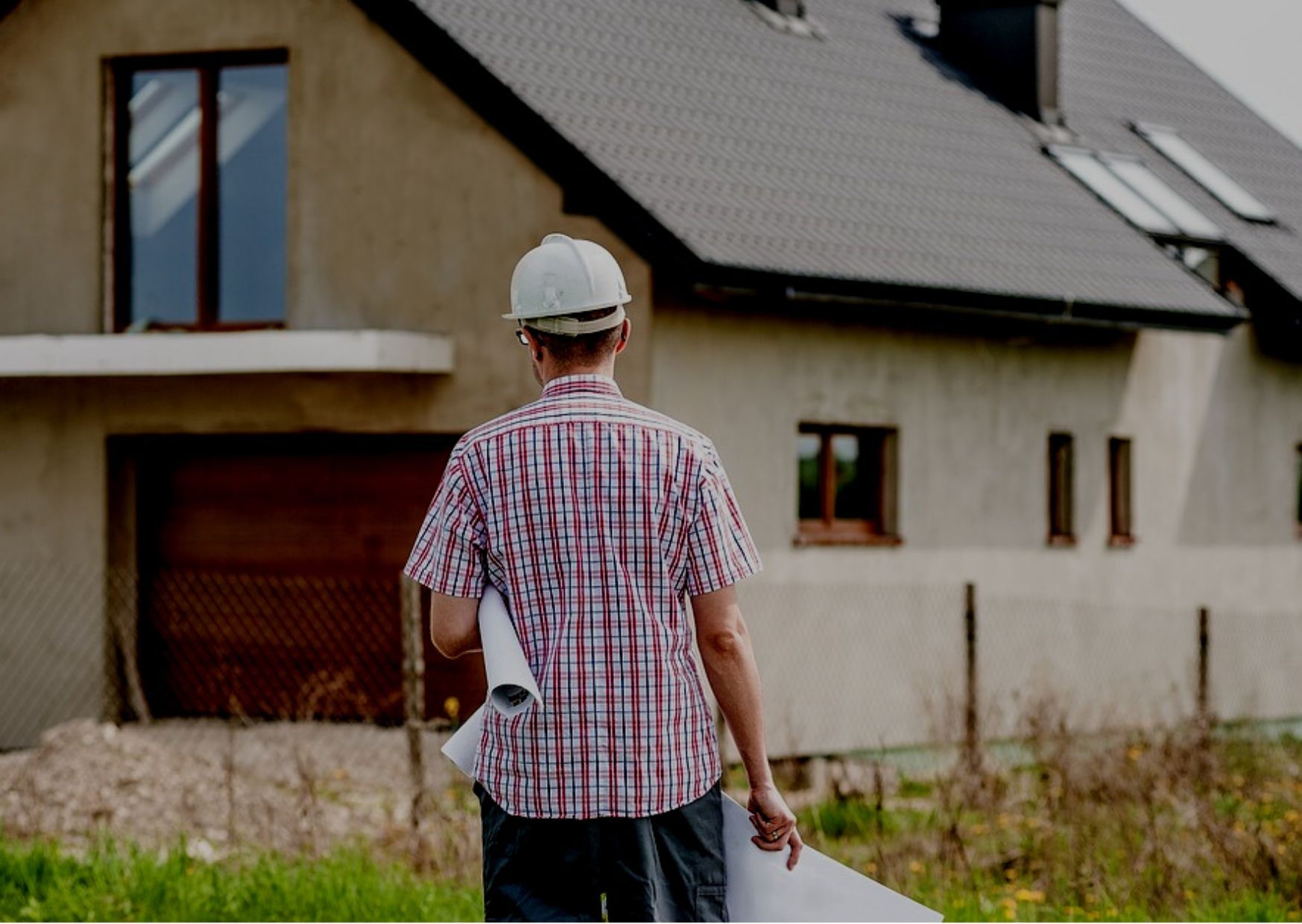 select a contractor to build your house
